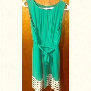 She + Sky dress green size Large